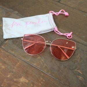 ✨NEW✨Free People Pink Cat Eye Sunglasses